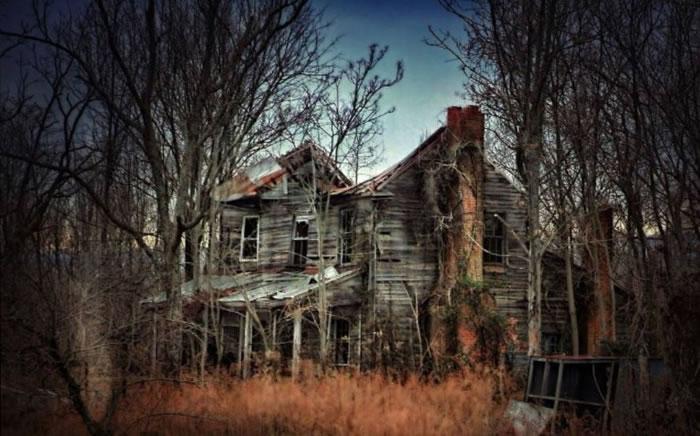 haunted houses (9)