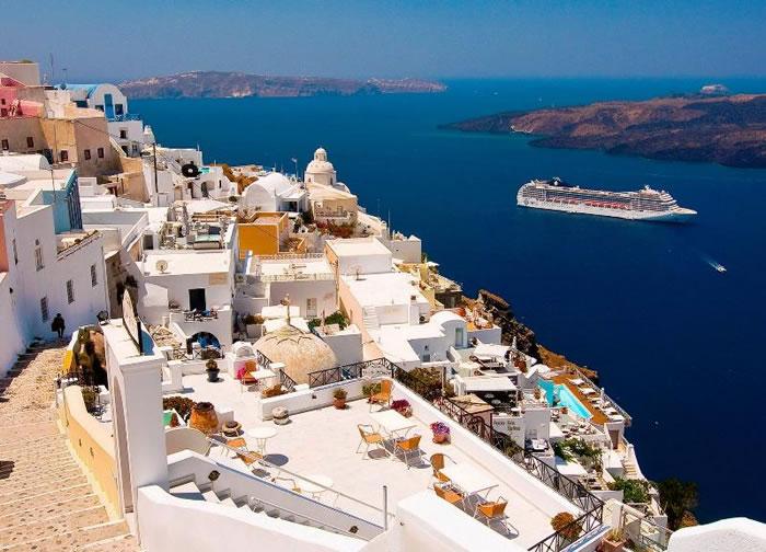 beautiful pictures of santorini greece 11