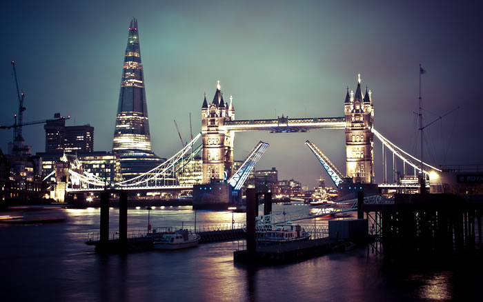 London hotels top 10 luxury 5 star cribs for Top 10 luxury hotels london
