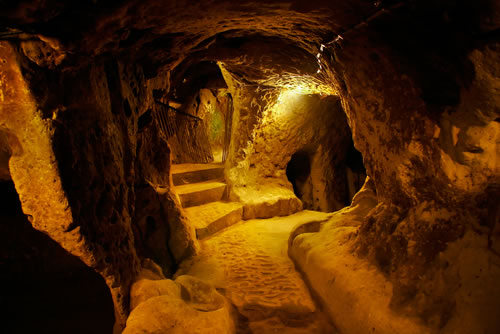 Turkey Tours Intriguing Ancient Underground City Derinkuyu (7)