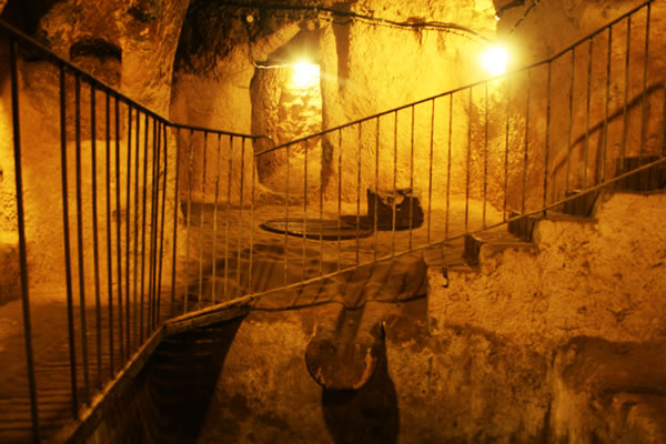 Turkey Tours Intriguing Ancient Underground City Derinkuyu (9)