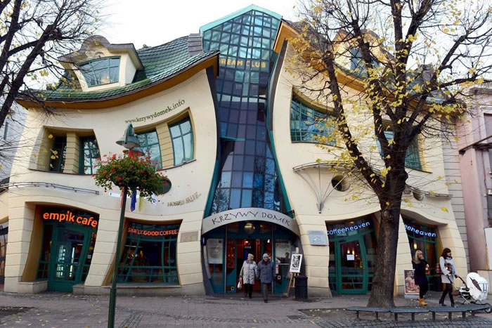 19 The Crooked House, Sopot, Poland - Online Architecture Gallery Top 50 Most Amazing Designs In The World