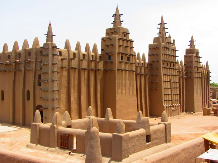 33 Great Mosque of Djenné Djenne, Mali, Africa - Online Architecture Gallery Top 50 Most Amazing Designs In The World