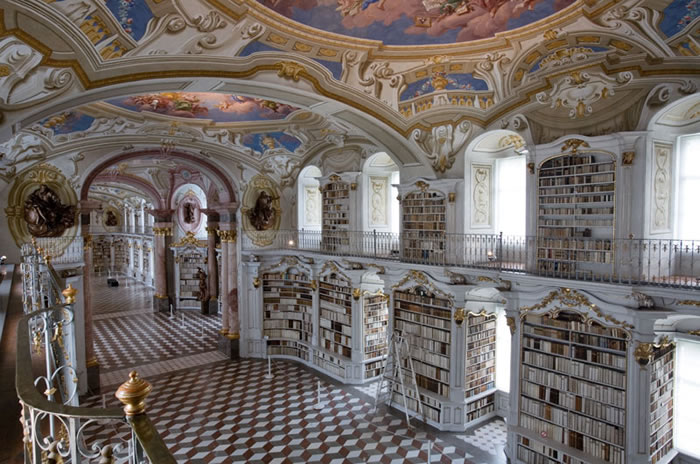 Austria Vacation Largest Monastery Library In The World (7)