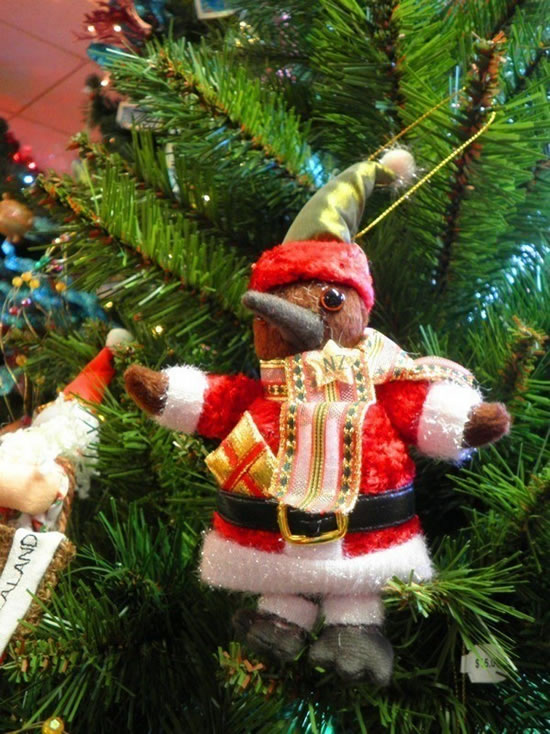 Daily WTF - 33 Worst Christmas Decoration Fails You Wont Believe (18)