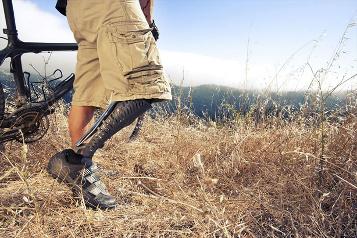 Now You Can Buy Prosthetic Leg With Real Style Appeal (2)