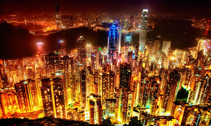 hong-kong-skyline-at-night-from-victoria-peak