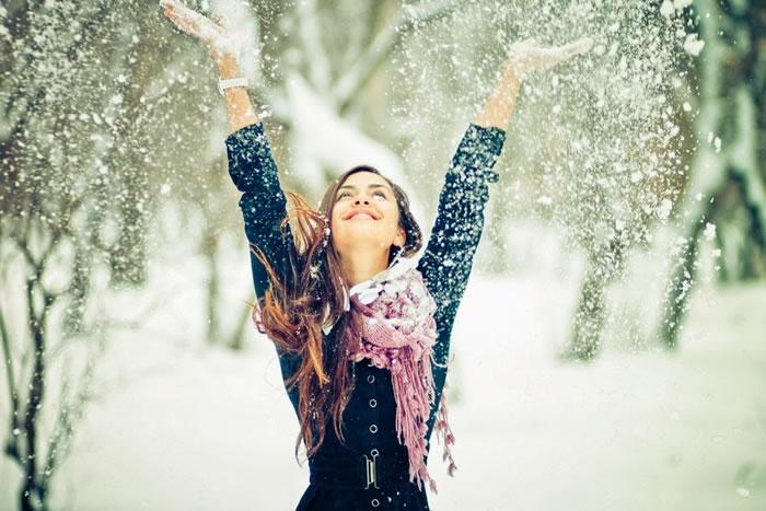 12. Snow by Pavel Lepeshev