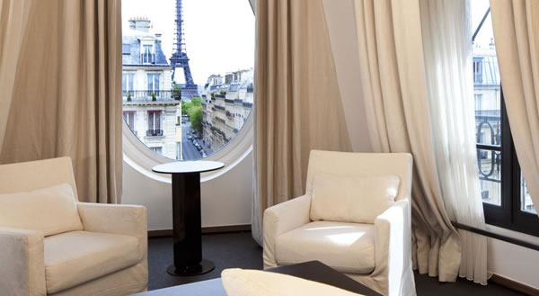 Hotel Rooms With The Most Amazing Views in The World 3