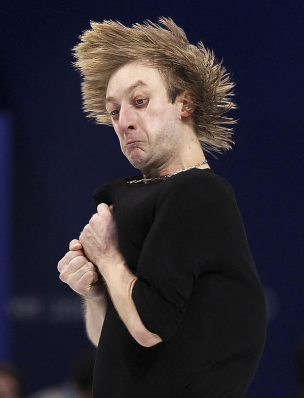 Professional Photography Pictures Of Athletes Pulling Funny Faces 1