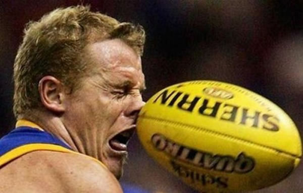 Professional Photography Pictures Of Athletes Pulling Funny Faces 11
