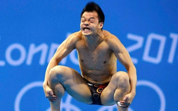 Professional Photography Pictures Of Athletes Pulling Funny Faces 13