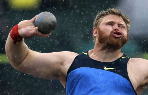 Professional Photography Pictures Of Athletes Pulling Funny Faces 3