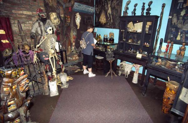 10 Crazy Museums With Bizarre Exhibit Displays 3