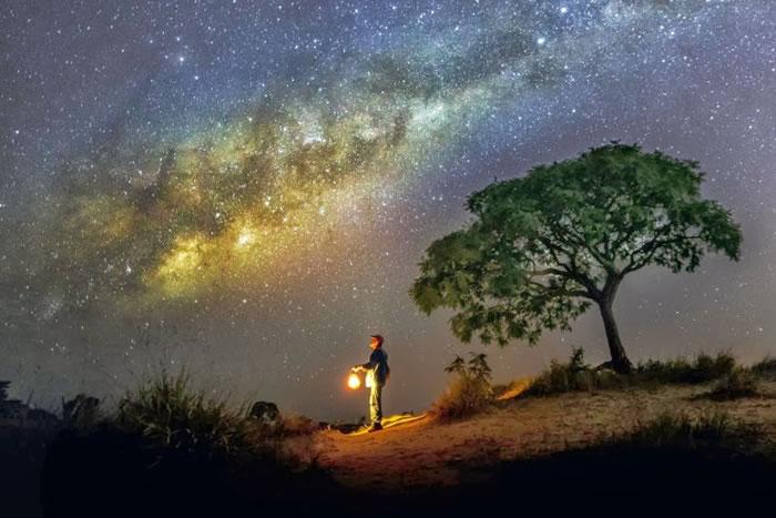 14. Milky Way by Valter Patrial