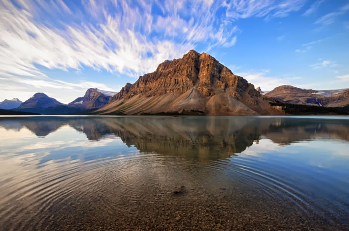 15 Of The Best Stock Photo Images Of The Stunning Bow Lake In Alberta 7