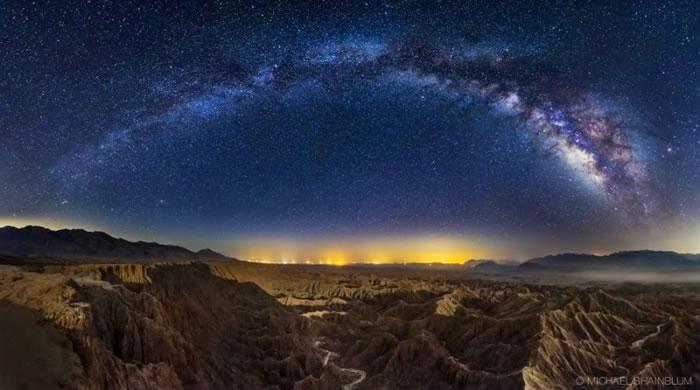 21. Galactic Badlands by Michael Shainblum