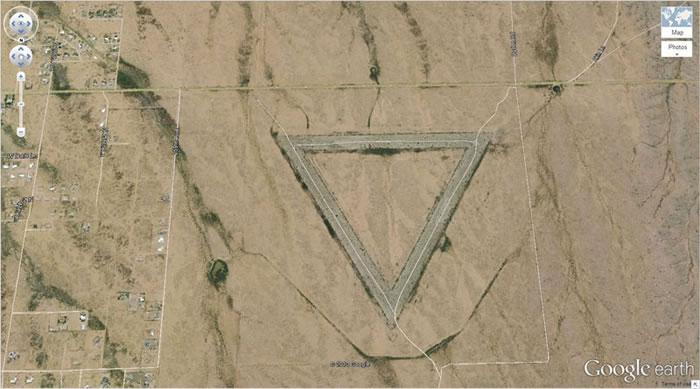 5 giant-triangle-google-earth- 21 Amazing Mysterious Google Earth Satellite Images