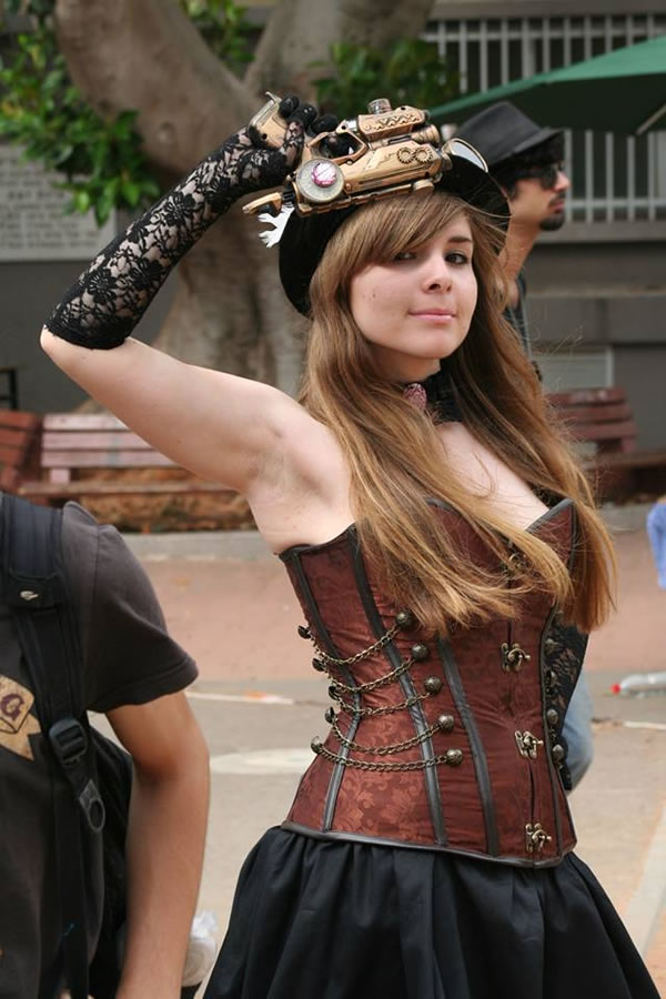 50 Amazing Steampunk Outfit Ideas (23)