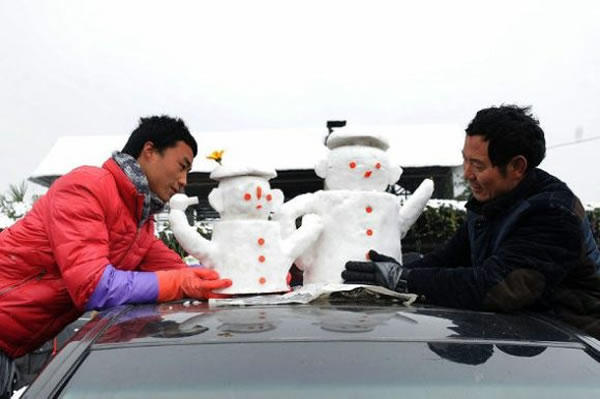 Chinese Go Crazy For Snowmen Car Decorative Accessories 2