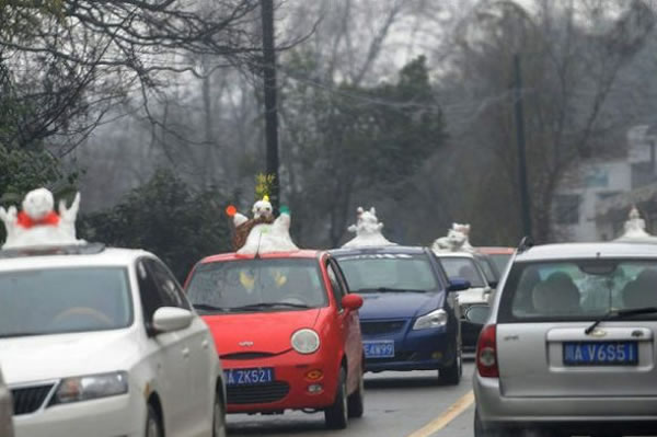 Chinese Go Crazy For Snowmen Car Decorative Accessories 4