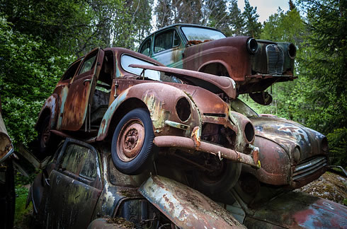 Eerie Classic Cars Graveyard At Abondaned Old Cars Junk Yard 14