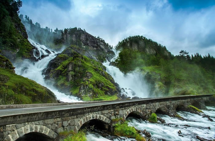 1 latefossen waterfall - Norway Tourism - 21 Reasons To Visit Norway Before You Die