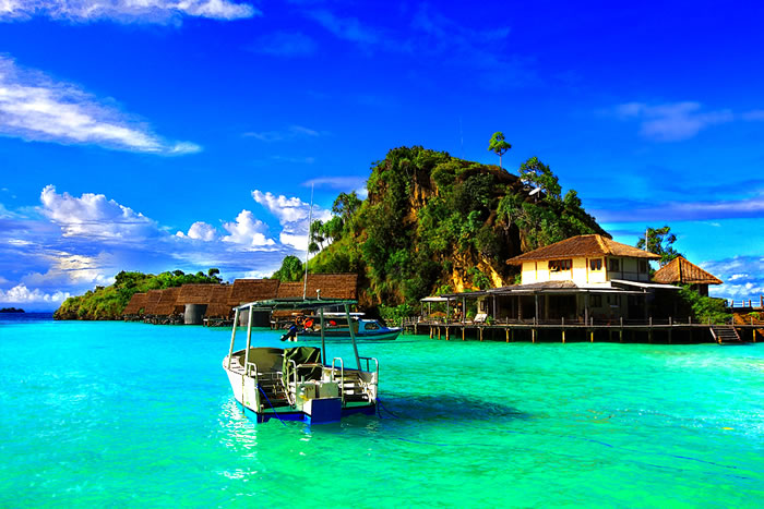 35 Clearest Waters In The World To Swim In Before You Die - Part 2 Readers Choice 12