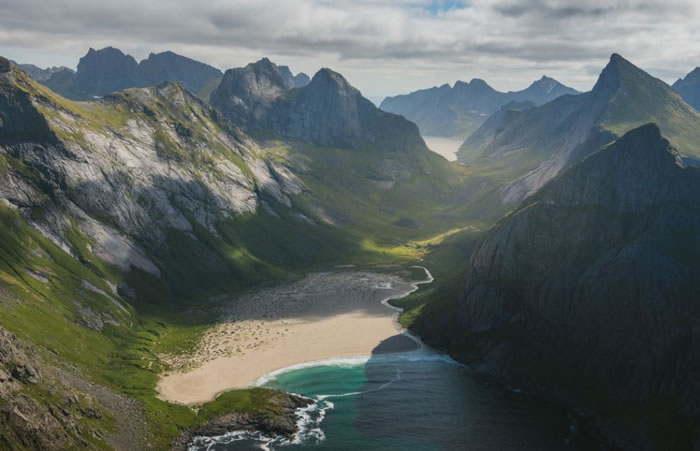 9 lofoten - 21 Reasons To Visit Norway Before You Die