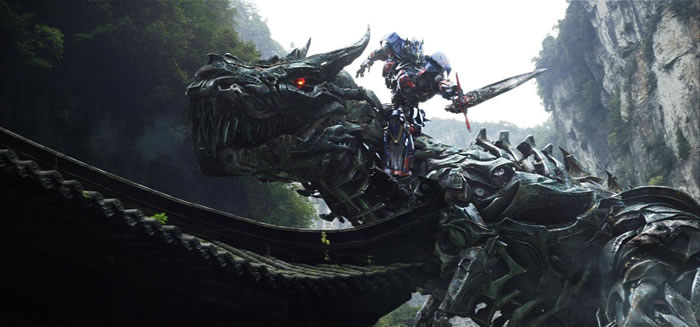 Transformer Optimus Prime Fights Dinobots In Age of Extinction Trailer