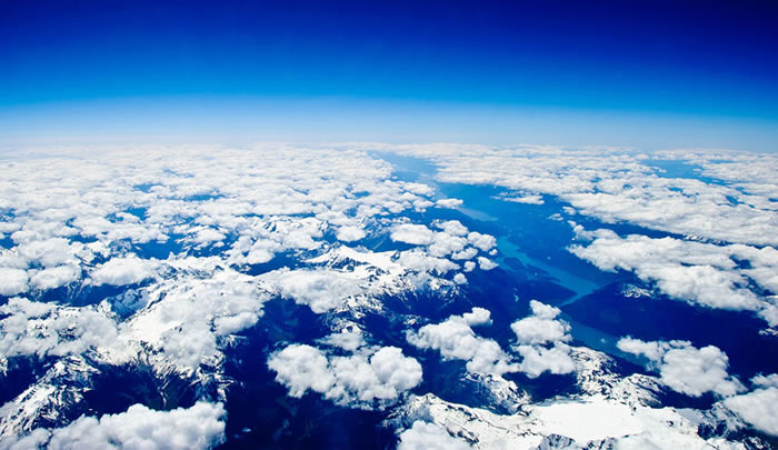 When Booking Flights You Should Always Pick A Window Seat - Here's Why 19
