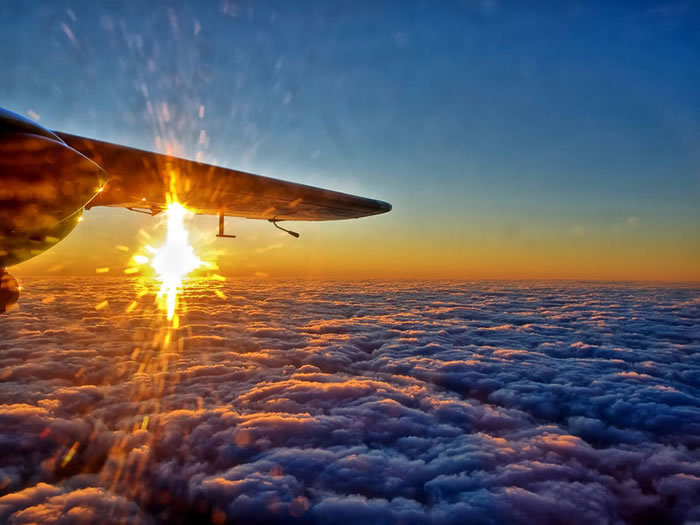 When Booking Flights You Should Always Pick A Window Seat - Here's Why 6