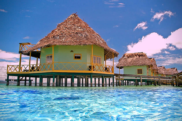 12 Overwater Bungalow Vacations You Should Take Before You Die 4