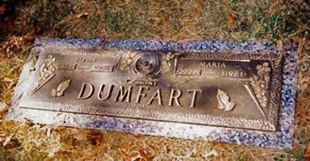 20 Of The Most Funniest Burial Headstones That people Were Buried With (17)