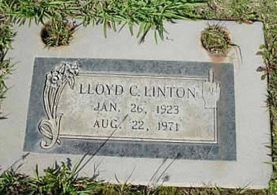 20 Of The Most Funniest Headstones That people Were Buried With (6)