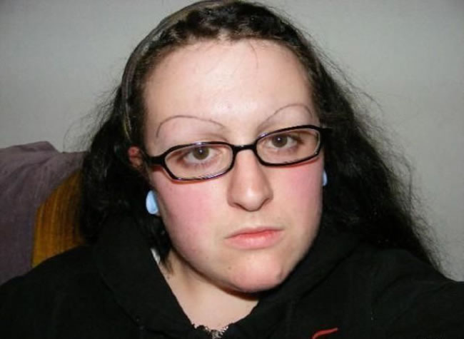 28 Most Funniest Eyebrows Ever 19