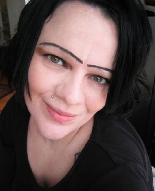 28 Most Funniest Eyebrows Ever 20
