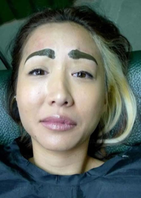 28 Most Funniest Eyebrow Fails Ever 5