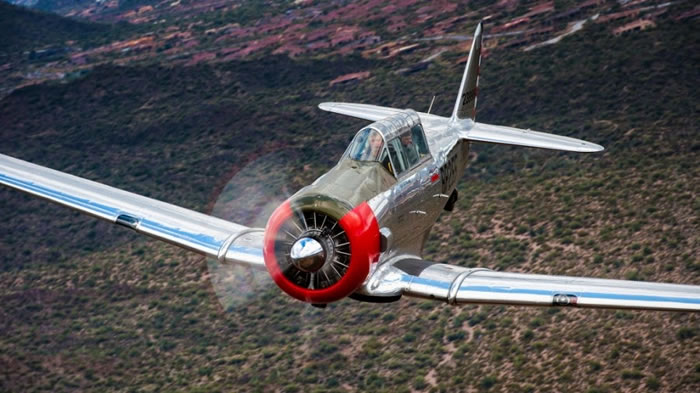 19 Spectacular Aviation Photography Pictures By Brent Clark - 5. Advanced Trainer - North American T-6