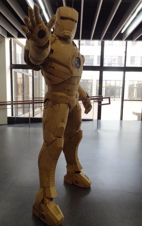 Student Builds Amazing Iron Man Costume From Cardboard 1