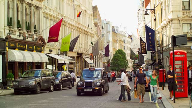 Top 10 Best Places To Go Shopping In The World 7