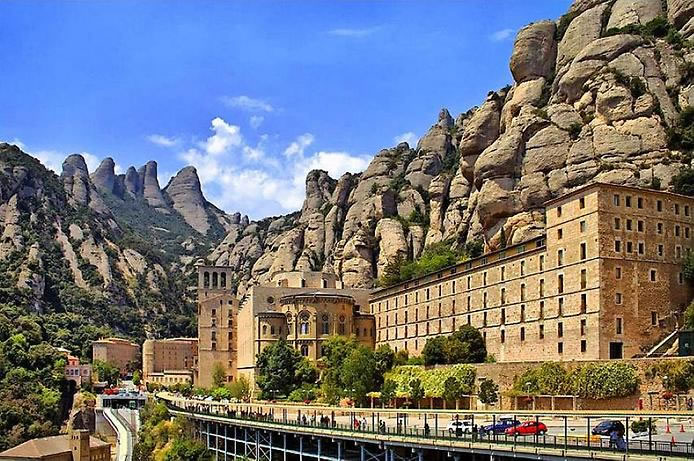 Top Ten Monasteries To Visit Before You Die 9