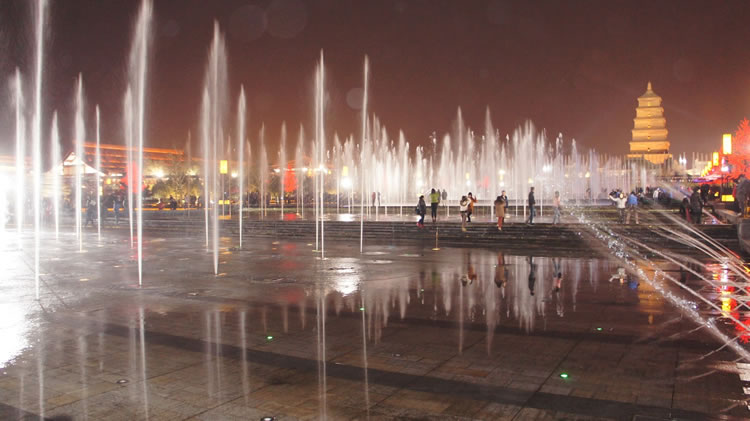 10 Of The Most Spectacular Water Fountains From Around The World 10