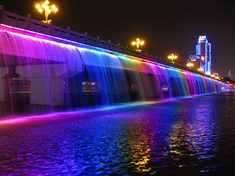 10 Of The Most Spectacular Water Fountains From Around The World 8