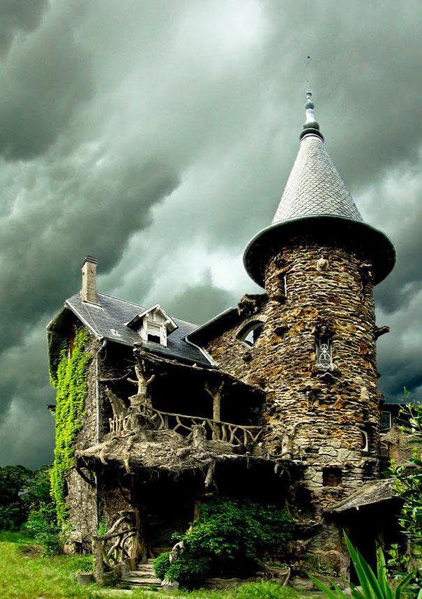 17 Amazing Real Life Fairy Tale Cottages 1