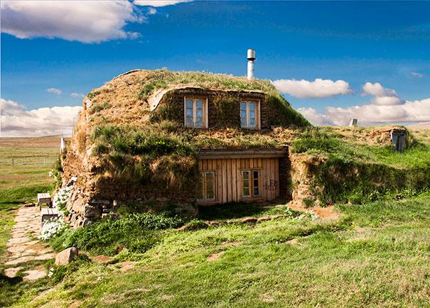 17 Amazing Real Cottages 14