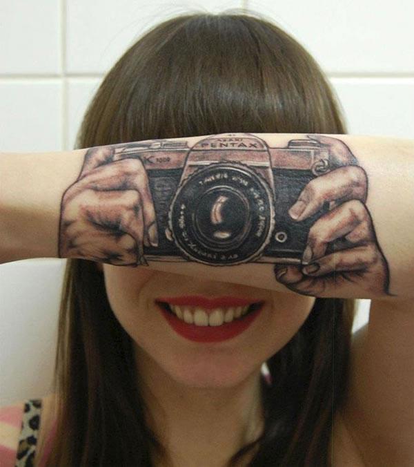 21-Amazing-3D-Tattoo-Designs-12