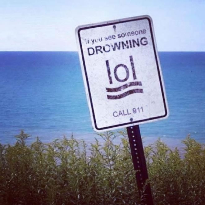 20 hilarious Signs That Are Ironically Out Of Place 5