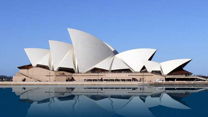 25 Most Famous Landmarks From Around The World 12