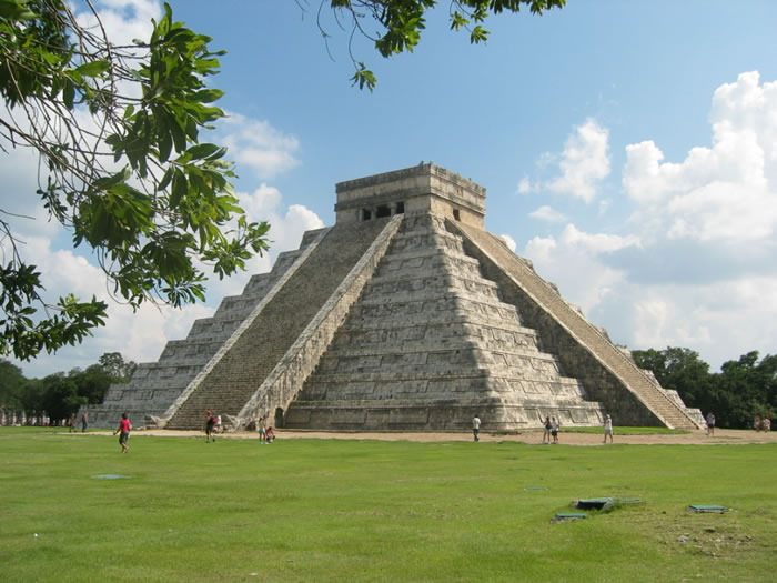 25 most famous landmarks you should visit before you die chichen itza tinum mexico 25 most famous landmarks sciox Gallery